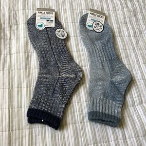 2 pairs of men ankle socks